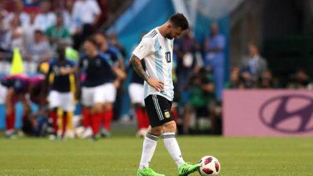 Em jogo com duas viradas, França elimina Argentina com show de Mbappé