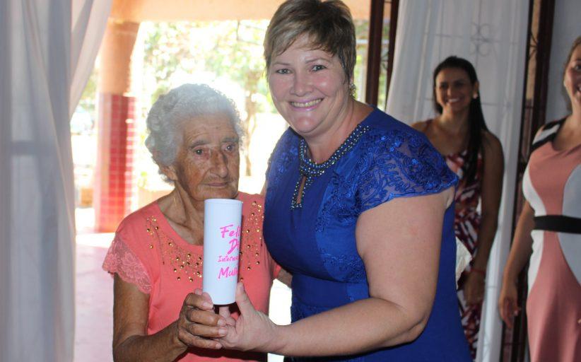Homenagem contou com a participação de quatrocentas mulheres em Itaipulândia