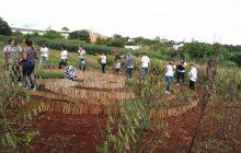 Alunos da EJA de Vila Celeste participam de passeio de estudos pela região