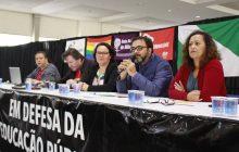 Professores do Paraná aprovam greve para o dia 25 de junho