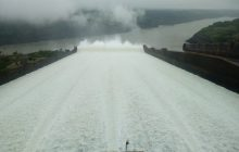 Após sete meses, Usina de Itaipu volta a abrir vertedouro; FOTOS