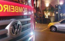 Bombeiros fecham casa noturna após denúncias de excesso de público