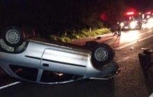 Seis pessoas ficam feridas em capotamento de veículo na BR 277