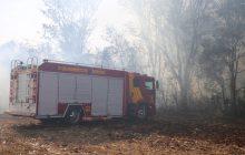 Vídeo: Em Itaipulândia Bombeiros e agricultores combatem incêndio que atingiu lavoura e área de vegetação