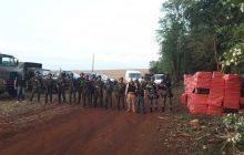 Polícia apreende grande quantidade de cigarros no Lago de Itaipu em Entre Rios do Oeste