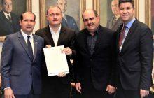 Prefeito Zado conquista mais de meio milhão de reais em recursos do Governo do Estado