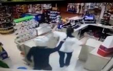Câmeras de segurança flagram assalto a mão armada em posto de combustíveis da região