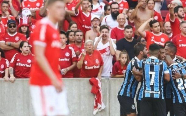 Diego Souza marca no fim, Grêmio vence o Inter e está na final do 1º turno