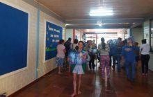 Medianeira inicia distribuição de cestas básicas para famílias em vulnerabilidade social que tem filhos matriculados na Rede Municipal de Ensino.