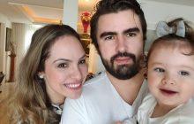 Pandemia: Deputada, marido e filha de um ano testam positivo para Covid-19
