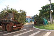Em Santa Helena Infraestrutura realiza mutirão de limpeza e pede colaboração da população