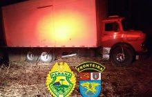 BPFRON apreende grande quantidade de cigarros em caminhão-baú em Santa Helena