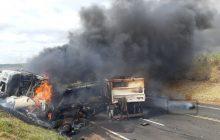 Trecho de acidente na BR-376 é liberado após quase 12 horas de interdição