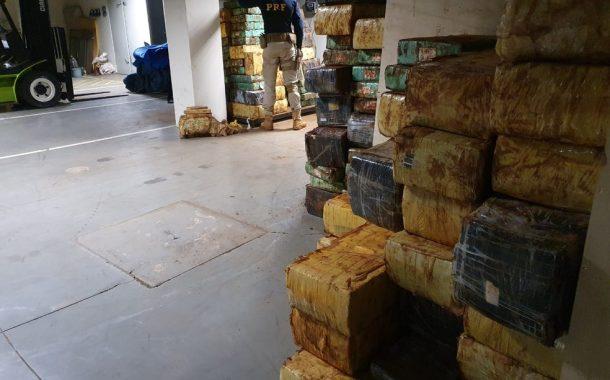 PRF apreende 2,7 toneladas de maconha durante operação, em Pato Bragado