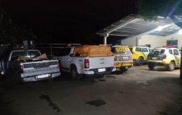 PM apreende caminhonetes carregadas com cigarros contrabandeados no interior de São Miguel