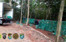 Equipes policiais realizam uma das maiores apreensões de cigarros paraguaios da história