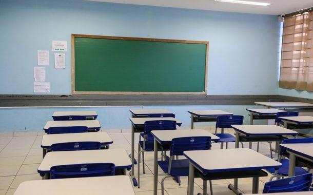 Conselho propõe que escolas evitem reprovar em 2020