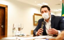 Ratinho Jr adia para terça a decisão sobre prorrogação de quarentena