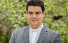 Irmã de padre Robson é investigada por suspeita de ter sido 'laranja' em desvio de R$ 120 milhões doados por fiéis