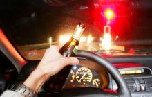 Homem é preso por dirigir bêbado; Ele dormiu dentro do camburão e levado para DP de Santa Helena
