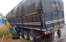 Casal de Guaíra morre e criança fica ferida em grave acidente no MS