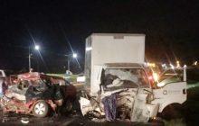 Acidente entre veículo com placas de Santa Helena e caminhão deixa uma pessoa morta na BR 277