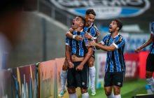 Diego Souza decide, e Grêmio abre vantagem sobre o São Paulo na semifinal