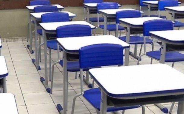Decreto autoriza retorno presencial das aulas em escolas e universidades públicas do Paraná