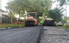 Santa Helena: Obras de recapeamento asfáltico tiveram início na Vila Rica