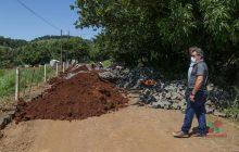 Missal: Administração exige retomada de obras de pavimentação poliédrica paradas