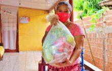 CRAS entrega 50 cestas de hortifrúti para famílias em Itaipulândia