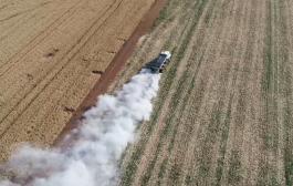 (Vídeo) Correção de solo faz a diferença na colheita de soja em Santa Helena