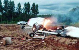 Avião cai e mata duas pessoas em Naranjal no Paraguai