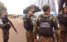 Exército Brasileiro apreende drogas em ônibus fretado da Lar