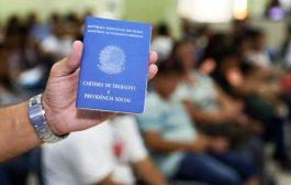 Governo deve autorizar redução de jornada e adiamento de FGTS e 1/3 sobre férias