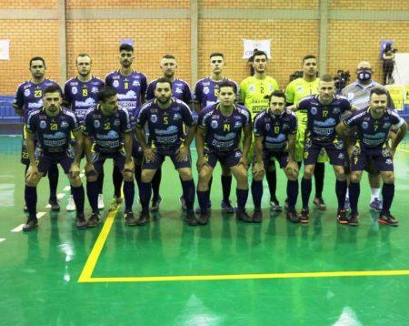 Em Toledo, o Santa Helena Futsal volta à quadra neste sábado (29) pela Série Bronze