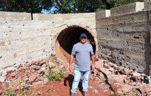 (Vídeo)Secretaria de Obras promove melhorias em torno dos bueiros no interior de Santa Helena