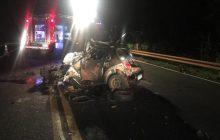 Veículo com sete ocupantes bate de frente com Hilux na BR-277 e jovem de 20 anos morre