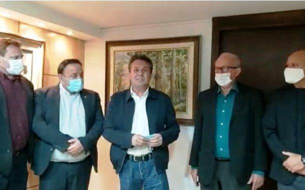 Prefeito de Entre Rios do Oeste reúne-se com secretário Marcio Nunes em busca de recursos para aquisição de Caminhão Poliguindaste