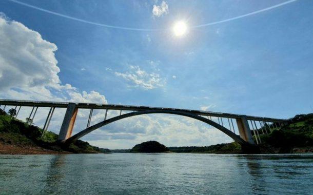 Horário de Verão começa neste domingo no Paraguai, deixando a mesma hora do Brasil