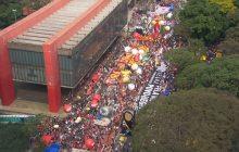 Manifestantes vão às ruas pelo país em protestos contra o governo Bolsonaro